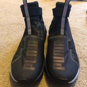 Women's Puma Slip on Hightop Shoes